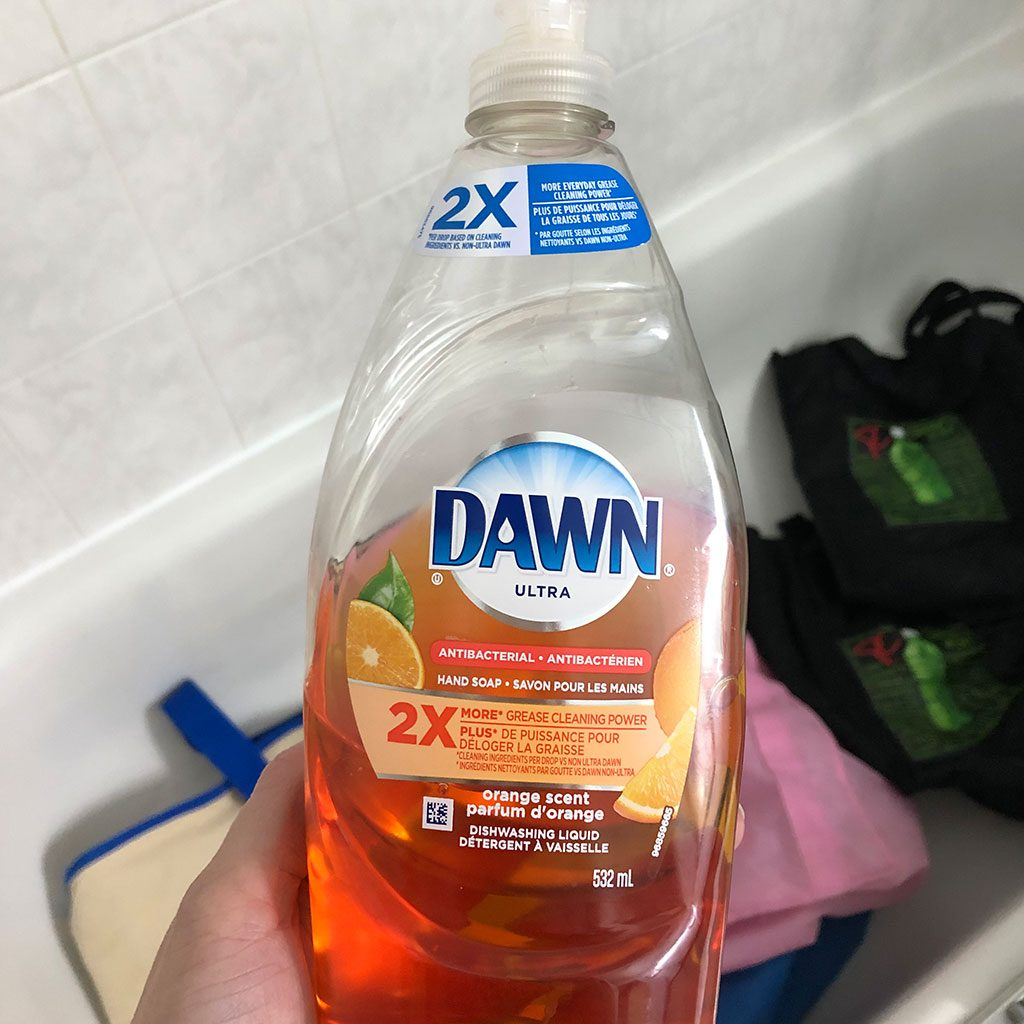 dish soap to clean reusable bags