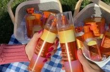 Bath & Body Works Contest | Cheers to Mom Sweepstakes