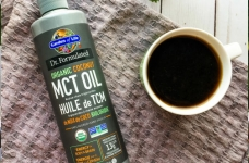 Social Nature | Organic MCT Oil + Primal Kitchen + Meatless Farm Co.