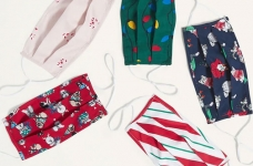 Save over 65% off Reusable Masks (even Holiday themed!) at Old Navy