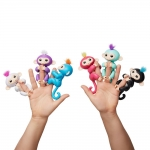 Authentic WowWee Fingerlings – Interactive Baby Monkey