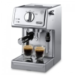 DeLonghi 15 Bar Espresso and Cappuccino Machine