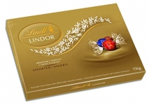 Lindt Lindor Assorted Chocolates Gift Box, Milk, Dark and Hazelnut, 156g