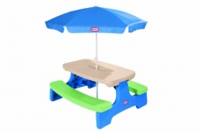 Little Tikes Easy Store Picnic Table with Umbrella
