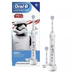 Oral-B Kids Electric Toothbrush with 2 Brush Heads, Featuring Star Wars